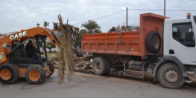 صفاقس: حملة نظافة تنطلق من امام المسرح الصيفي طريق سيدي منصور