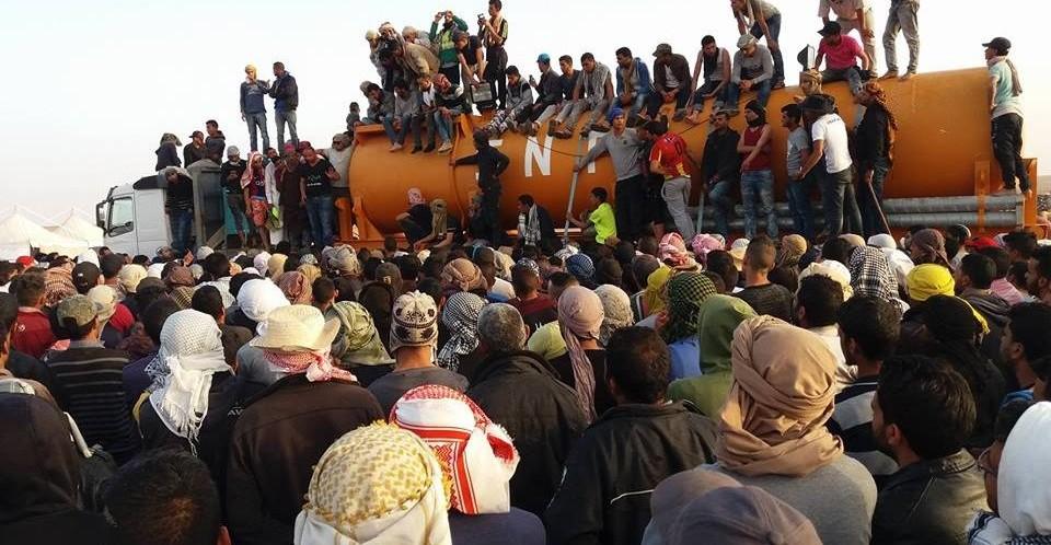 أحداث الكامور: اصابة 20 عون امن وحرق 22 سيارة امنية وهلاك مواطن أصيل الجهة