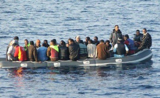 العامرة-صفاقس: ضبط 52 شخصا في عملية اجتياز للحدود البحرية خلسة