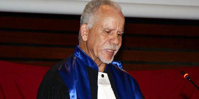 أساتذة المعهد التحضيري للدراسات الأدبية والعلوم الإنسانية بتونس يتضامنون مع الأستاذ حميد بن عزيزة