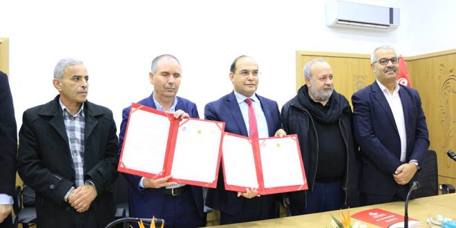 تونس:اتحاد الشغل يمضي على اتفاقية لمكافحة الفساد