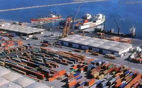إدارة ميناء رادس تأمر بتفتيش جميع الشاحنات والسيارات الادارية والخاصة التابعة للسلط والشركات