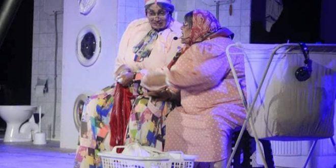 """مسرحية """"فركة صابون 2"""" تصنع الحدث بمهرجان العنب بقرمبالية"""