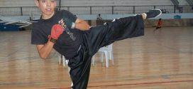 ابن صفاقس: وسام المرعوي يتألق في البطولة المغاربية في رياضة الكيك بوكسينغ.