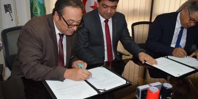 توقيع اتفاقية تعاون إطارية بين جامعة صفاقس والجامعة المفتوحة للداخلة بالمملكة المغربية