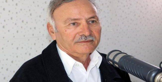 """حركة """"تونس إلى الأمام """"تكرّم الأستاذ الهادي التيمومي"""