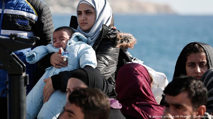 إيطاليا تفكك شبكة لتهريب البشر تنشط بين صقلية وتونس