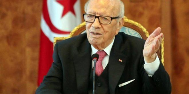 بلاغ صادر عن رئاسة الجمهورية:الباجي قائد السبسي يتعرض الى وعكة صحية حرجة