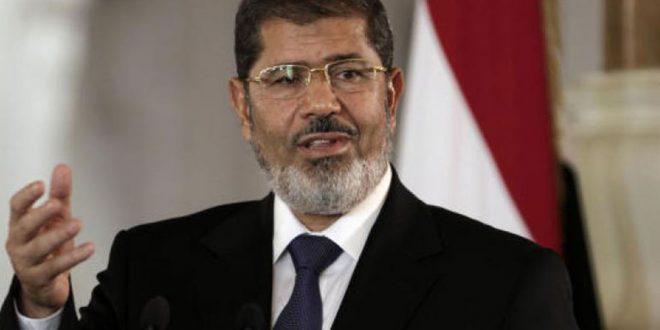 وفاة محمد مرسي، الرئيس المصري السابق خلال جلسة محاكمته