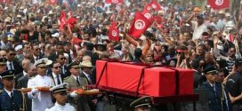 """في أجمل صورة …تونس ودّعت في حزن رئيسها الراحل """"الباجي قايد السبسي """"بقلم رضا سالم الصامت"""